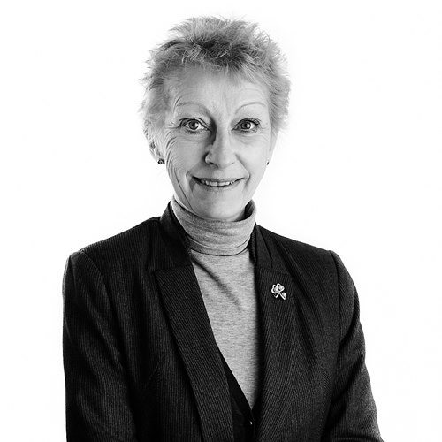 Lyn Bloore Bray & Bray Solicitors